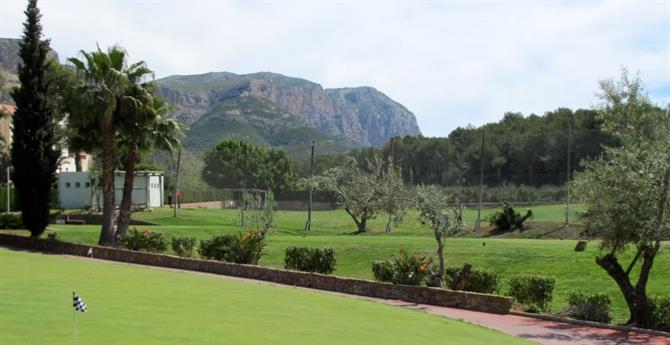 La Sella Golf Resort and Spa Playing a round on Alicante golf courses